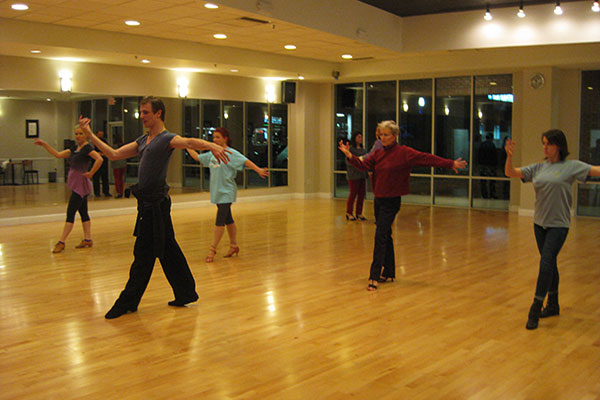 Ultimate Ballroom Dance Studio - Memphis TN - Group Dance Lessons