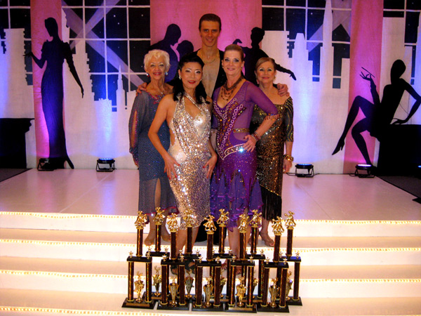 2011 Hollywood Dancesport - Ultimate Ballroom (11)